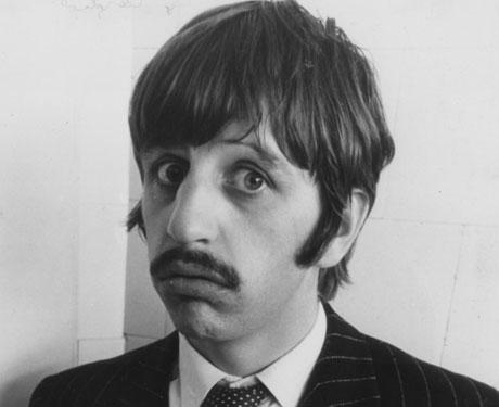 The drummer Ringo Starr sang the main vocals on 'YellowSubmarine'. - up-1ringo